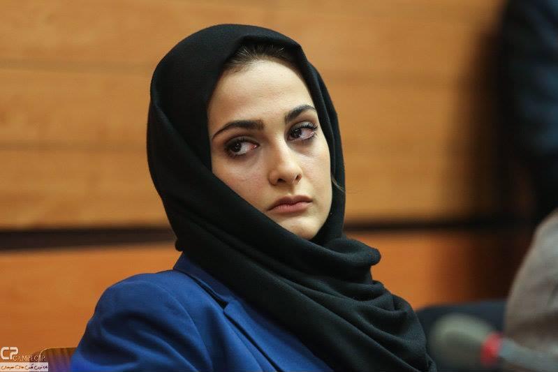 عکس های آناهیتا دری در نشست خبری سریال کلاه پهلوی