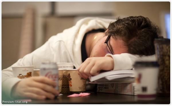 مثل بیماری که بالاجبار خوابش می برد  مرد اگر عاشق شود، دشوار خوابش می برد