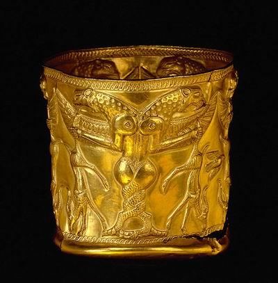 u;s گلدان طلایی کشف شده در تپه مارلیک