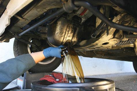 نتیجه تصویری برای تعویض روغن موتور