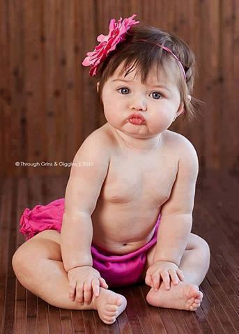 http://s5.picofile.com/file/8102860342/baby_funpicture_12_.jpg