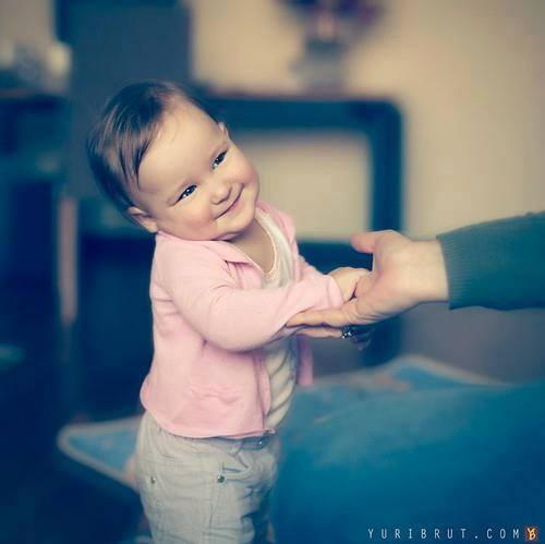 http://s5.picofile.com/file/8102860534/baby_funpicture_19_.jpg