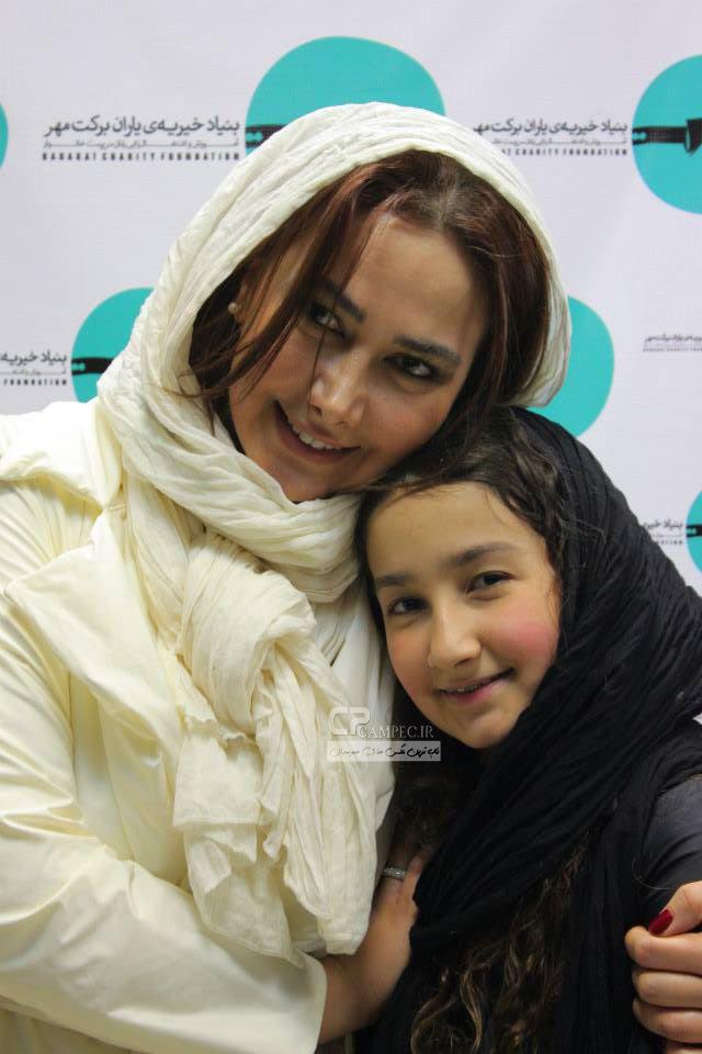 آناهیتا نعمتی و دخترش