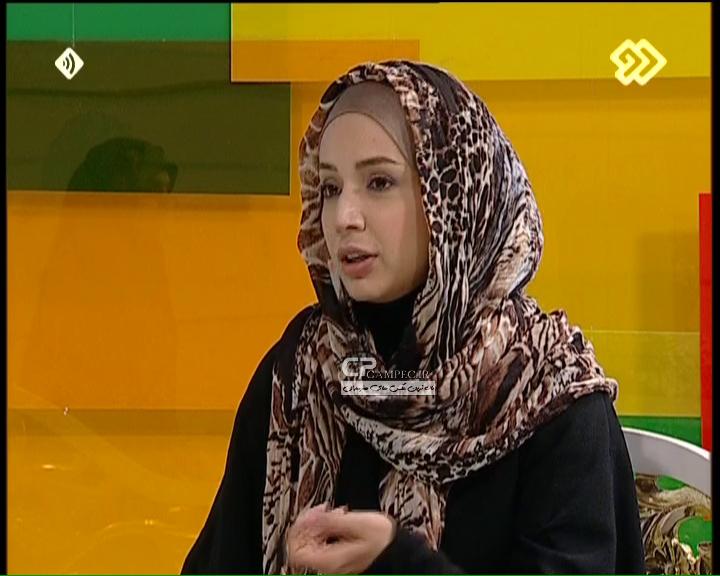 عکس های شبنم قلی خانی در برنامه کافه سوال