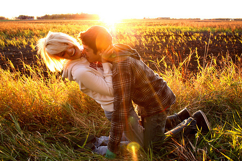 عکس آغوش گرفتن زن و مرد