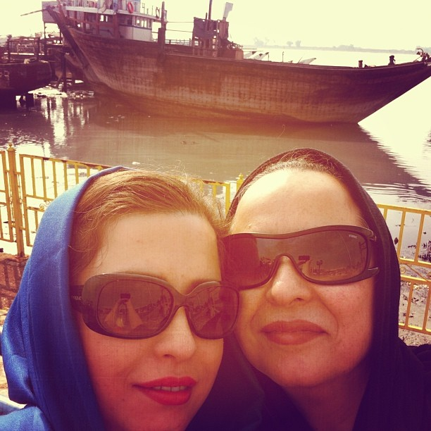 عکس جدید مهراوه شریفی نیا و مادرش آزیتا حاجیان