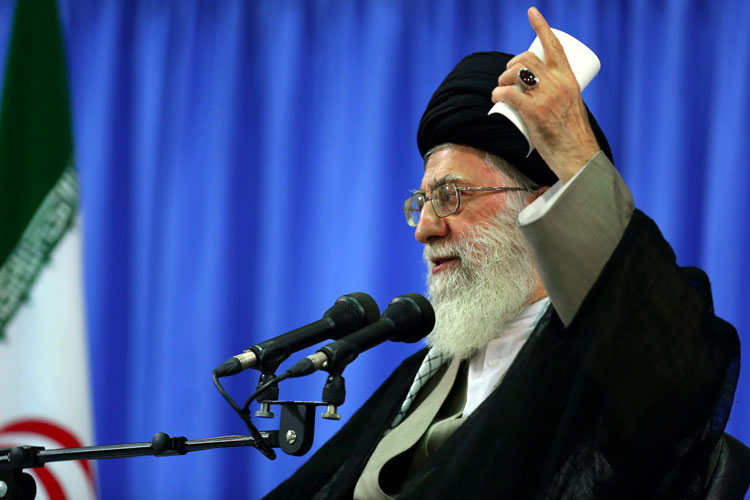 مسئله این است که جمهوری اسلامی رو پای خود ایستاده است