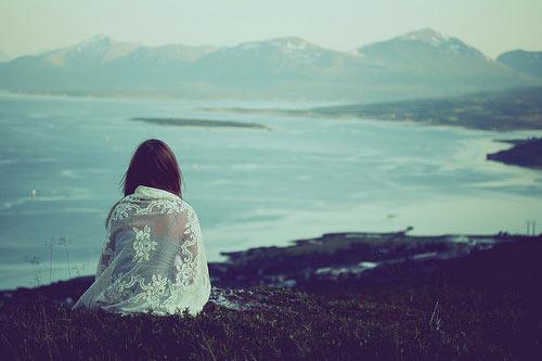 صدای گریه ی تنهایی اش شنیده نشد