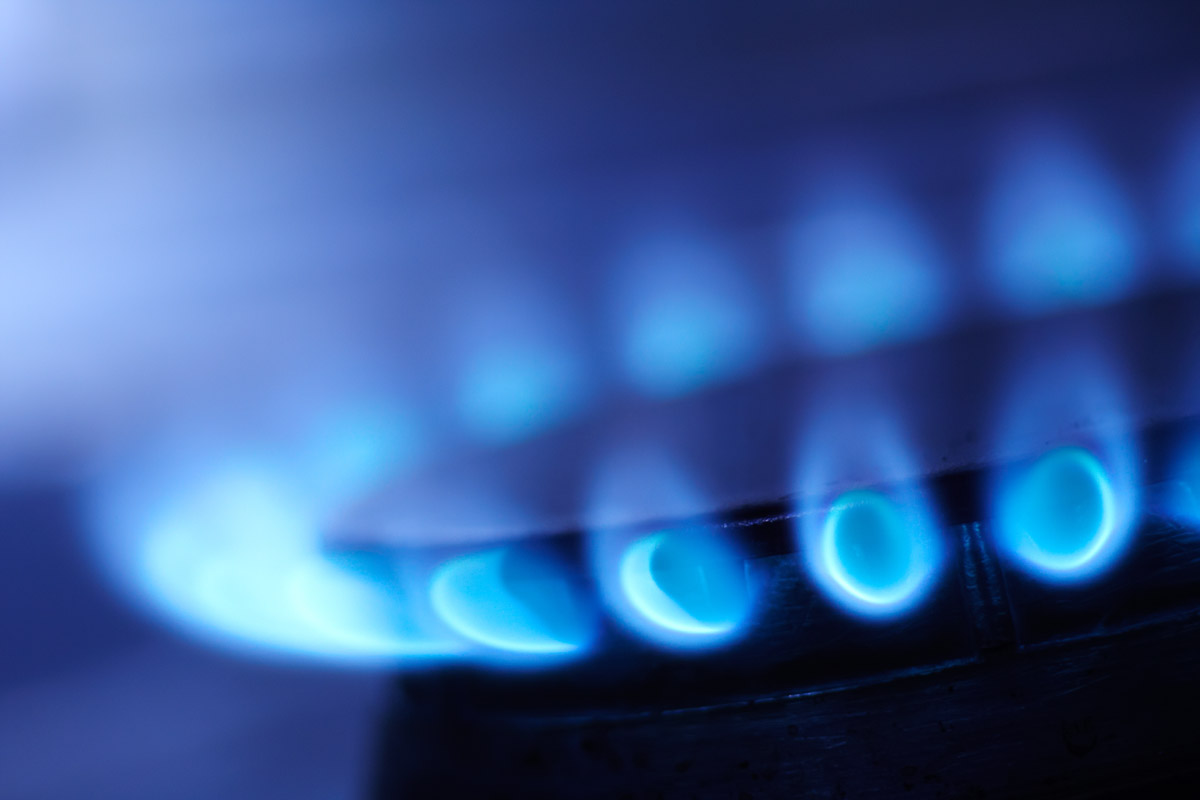 http://s5.picofile.com/file/8106392568/17203_blue_flame.jpg