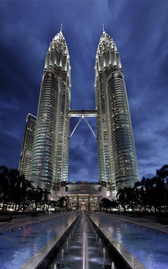 مطالب داغ: جالب ترین و زیباترین ساختمان های جهان
