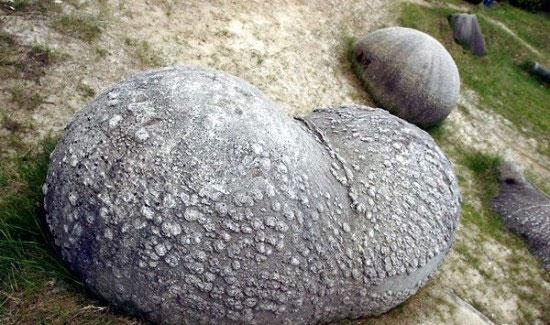 مطالب داغ: سنگ های عجیبی که رشد می کنند