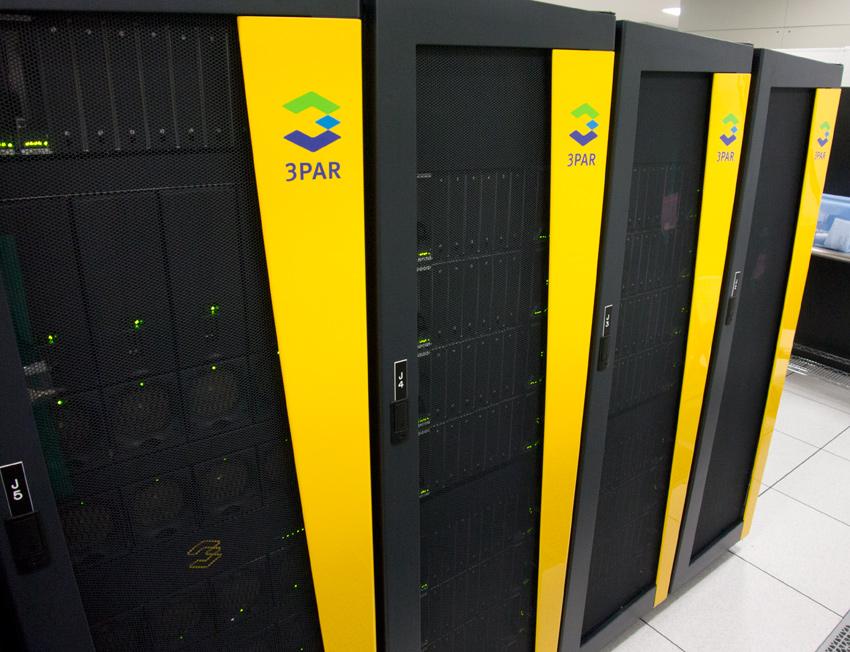 StorageReview HP DAS Data Center Tour 3PAR - سرور, سرور hp, hp سرور, G9, سرورمHP , هاردHP, اورجينال, قيمت,