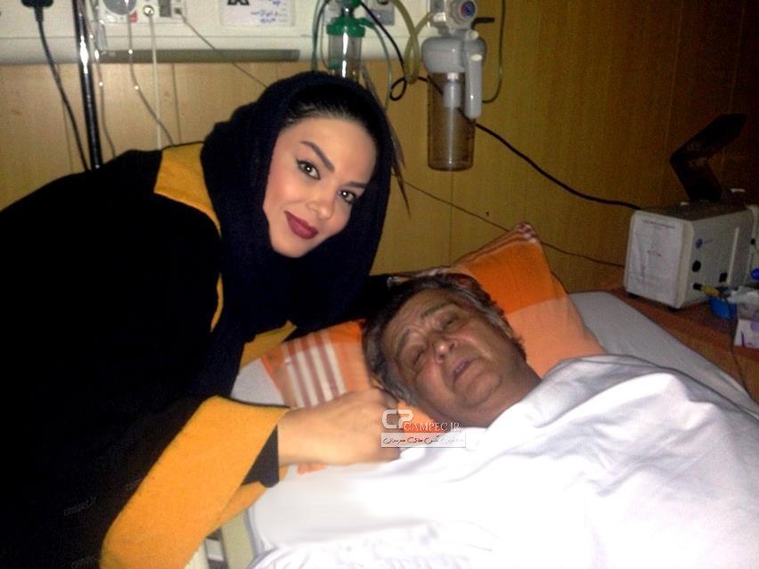 سارا خوئینی ها در عیادت از رضا رویگری