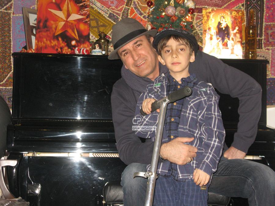 صالح میرزا آقایی و پسرش