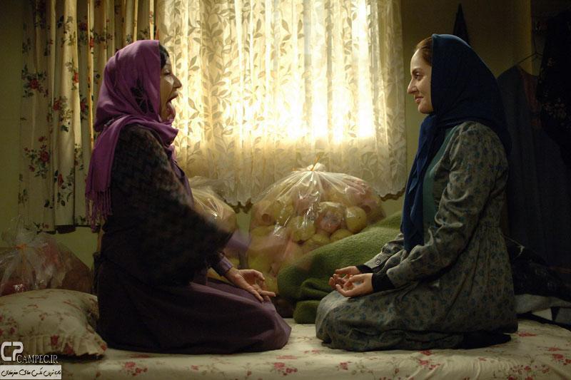 بيگانه -کارگردان: بهرام توکلی