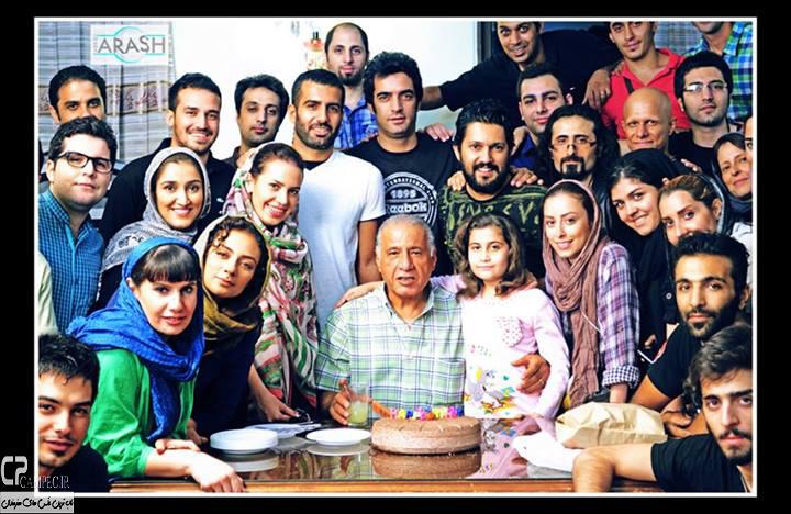 زندگی جای دیگری است-کارگردان: منوچهر هادی