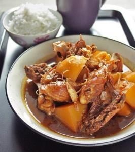 آشپزی: طرز تهیه ی مرغ با جوز و سس سویای شیرین