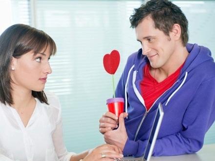 ترفندهای زنانه برای تصاحب قلب مردان