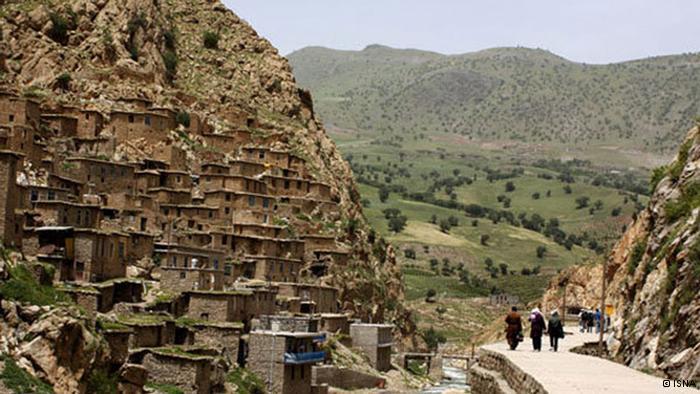 گردشگری: دیـدنی های استـان کـردستان؛ نگیـن دلفریـب ایـران