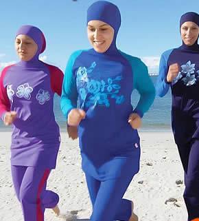 اروپا: بورکینی، مایوی شنا مختلط دختران وزنان مسلمان در ساحل دریا و استخر