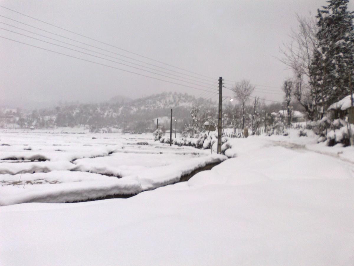 barf darbagh tk 14 11 12  برف روستای دارباغ 14 بهمن 92