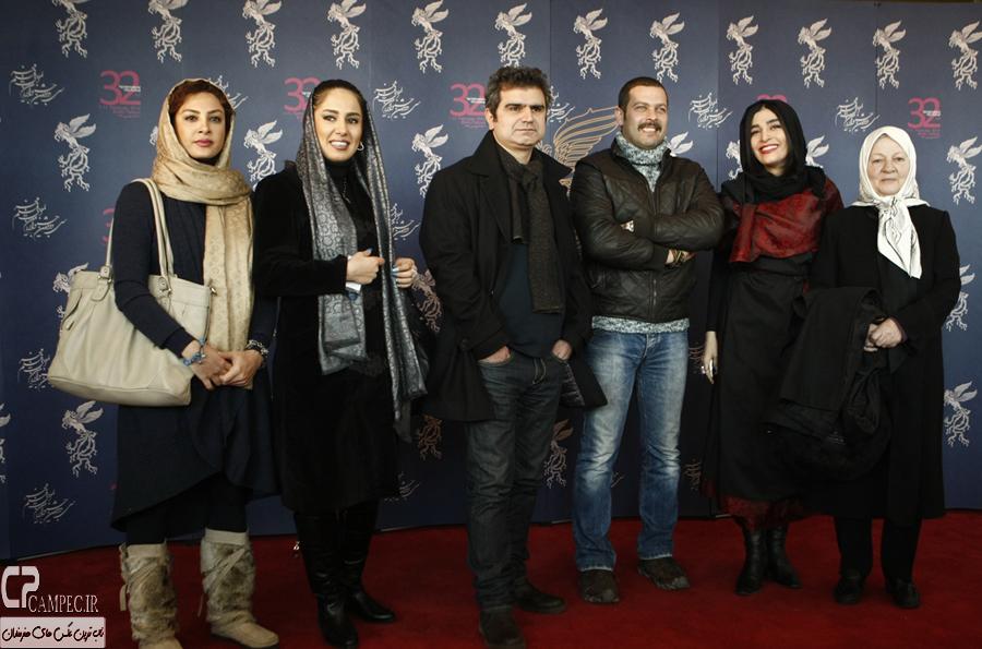 عکس های فرش قرمز فیلم سینمایی  دو ساعت بعد مهرآباد