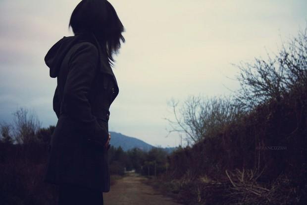 رفیق راهی و از نیمه راه می گویی