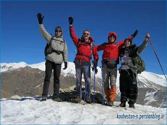 گروه نشاط زندگی - قله چین کلاغ - پاییز 92