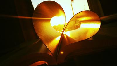 عکس + کتاب + قلب + فانتزی + عاشقانه + کیفیت عالی + heart + book + hd