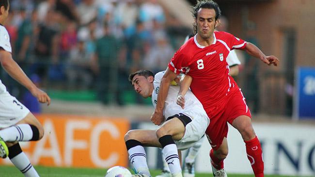 پاسپورت علی کریمی برای حضور در تیم ملی گرفته شد