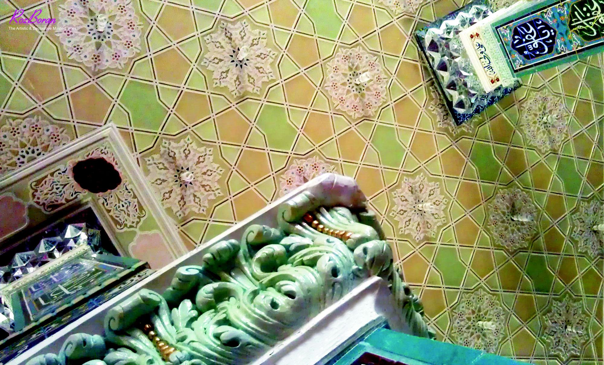گچبری گره و آینه کاری مسجد