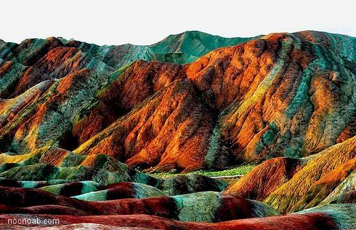 ترجمه-انگلیسی: کوههای رنگارنگ