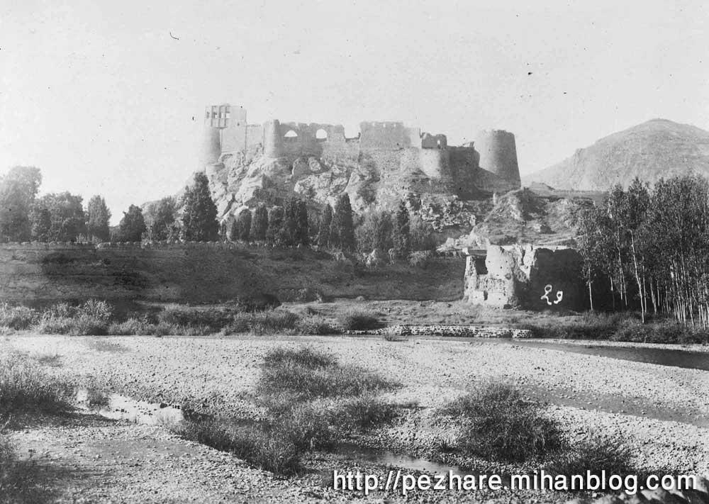 عکس قدیمی قلعه فلک الافلاک