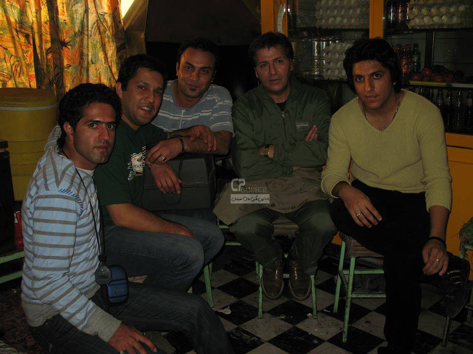 http://s5.picofile.com/file/8118724968/www_Campec_Ir_Bazigaran_2608.jpg