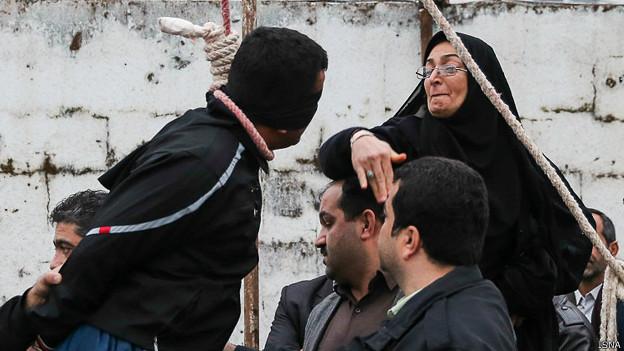 سیلی زدن مادر عبدالله