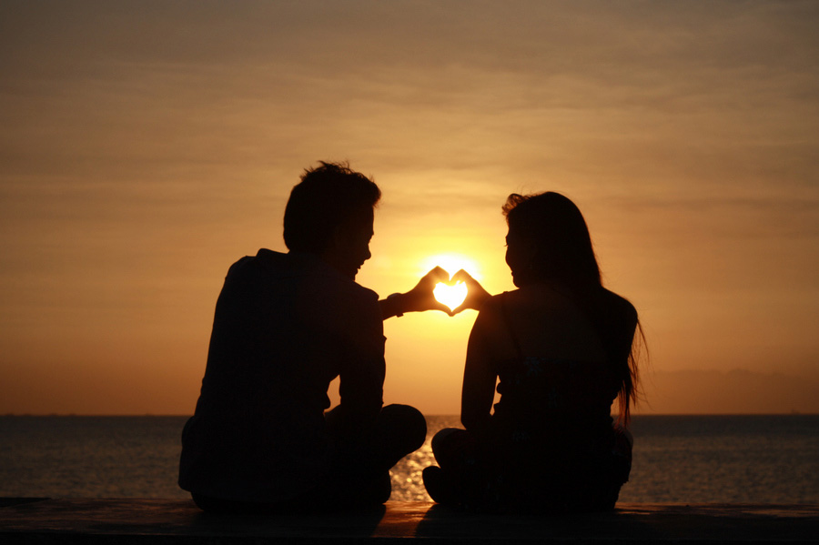 http://s5.picofile.com/file/8121062276/Love_Sunset_8.jpg