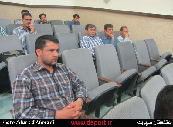 تصاویر مراسم تجلیل از فوتبالی های دشتستان