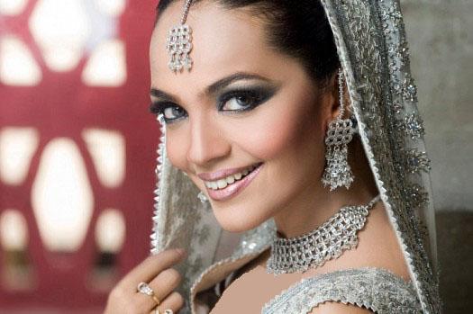 مدل لوازم جانبی عروس هندی