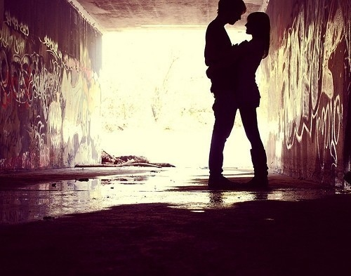 http://s5.picofile.com/file/8123484618/adorable_couple_cute_grafitti_happiness_happy_Favim_com_64948.jpg