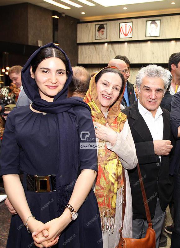 مهدی هاشمی و همسرش گلاب آدینه و دخترش نورا