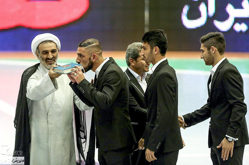 عکس های مراسم بدرقه تیم ملی فوتبال ایران به مسابقات جام جهانی برزیل