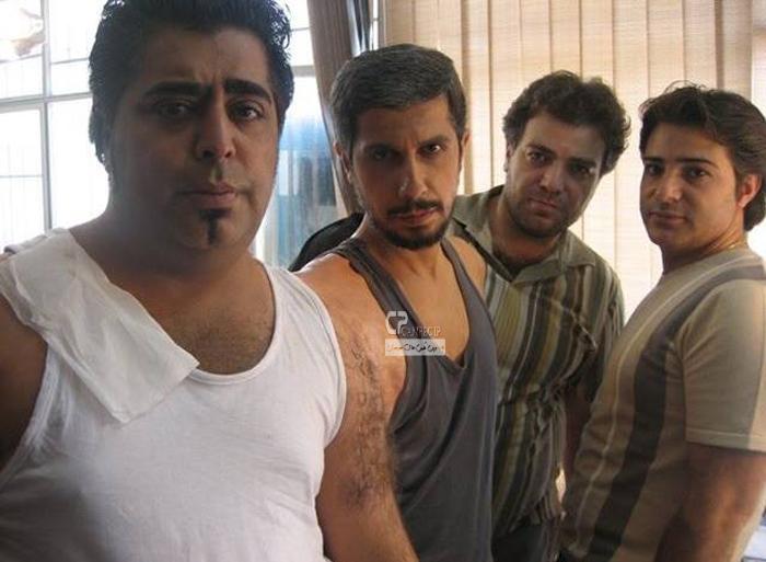 جواد رضویان و رضا شفیعی جم در پشت صحنه فیلم سینمایی چار چنگولی