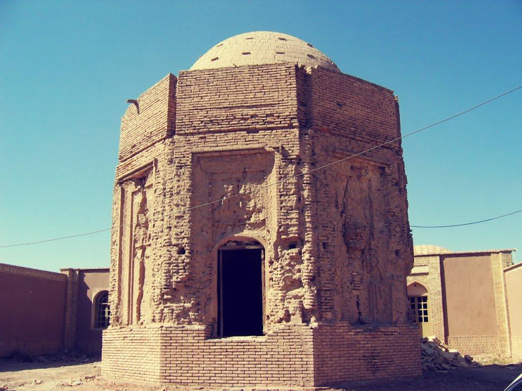 مقبره خواجه اتابک در کرمان