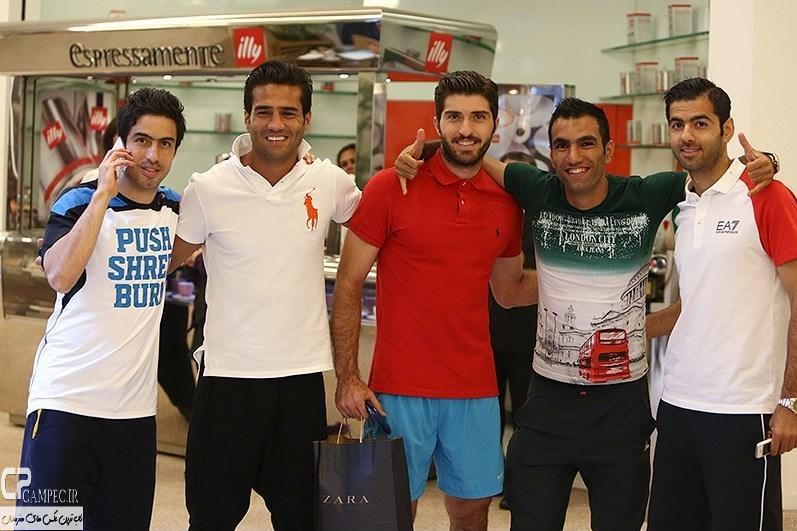بازیکنان تیم ملی فوتبال ایران در فروشگاه های شهر سائوپائولو