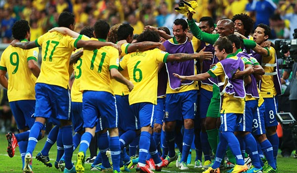 http://s5.picofile.com/file/8127477868/brazil_national_team_football_2318.jpg