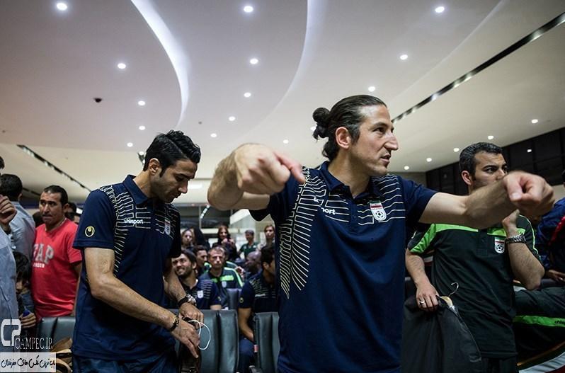 عکس های بازگشت تیم ملی فوتبال به میهن