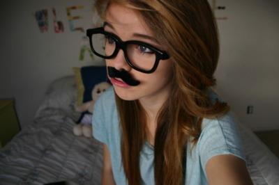 http://s5.picofile.com/file/8128154942/adorable_cute_funny_girl_glasses_Favim_com_321687.jpg