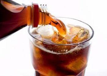 سلولهای سرطانی, نوشیدنیهای رژیمی,نوشیدنیهای گازدار,کدام مواد غذایی که سرطانزا هستند؟