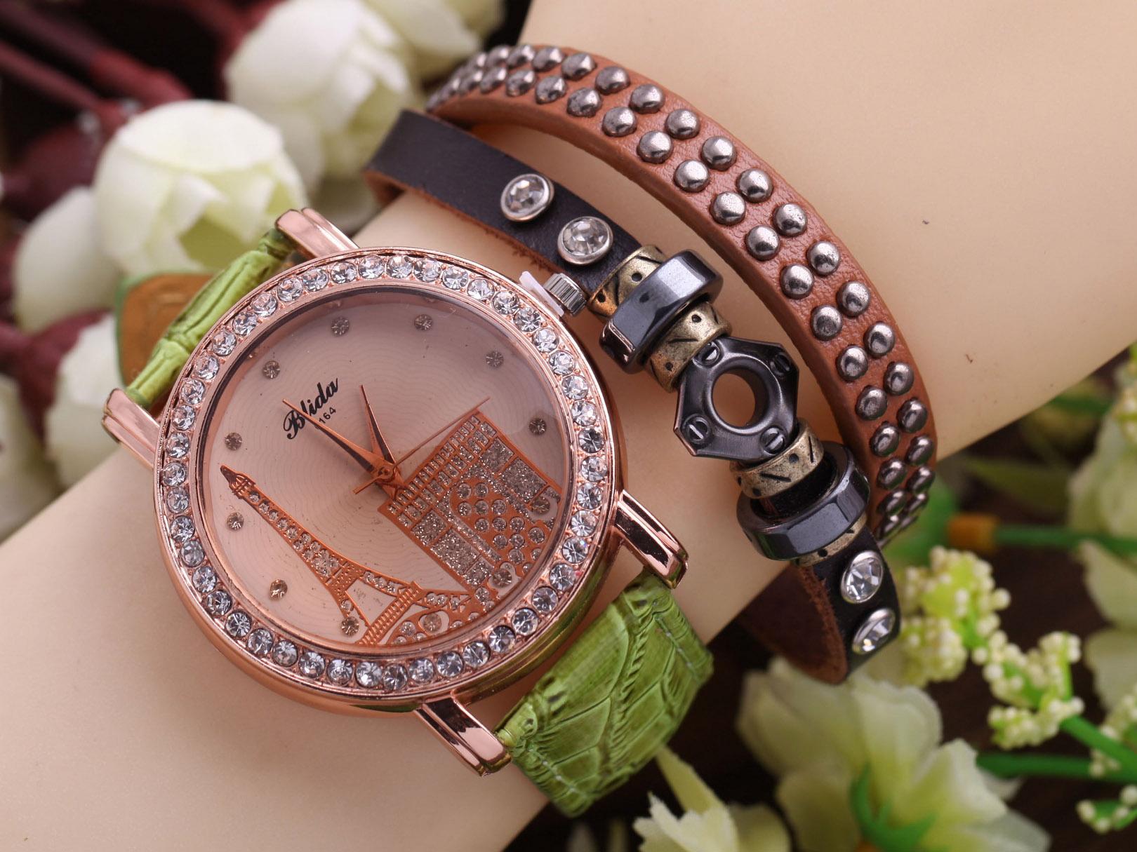 ساعت دخترانه پاریس
