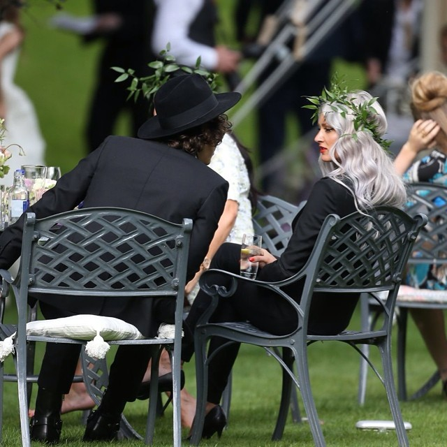 http://s5.picofile.com/file/8131083234/10543551_290143307824248_81893066_n_wedding_s_Louis_s_mom_20_07_2014.jpg